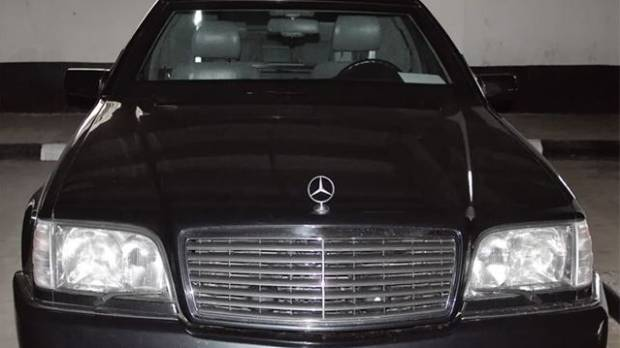 Vladimir Putins Armoured Limousine Is Up For Sale For A Cool NZ - Cool cars auckland