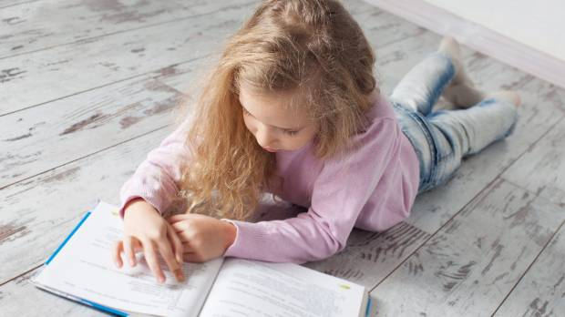 Parents can help children maintain their level of reading by encouraging them to keep it up over the school holidays.