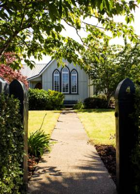The couple say the former church, which dates back to 1893, can still be a venue for weddings.
