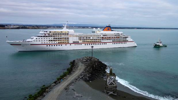 The Europa arrives in Timaru in 2014.