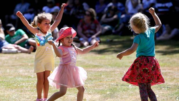 Last year's Sounds of Summer got some up dancing. From left, Emily Olson, 3, Zoe MacGibbon, 4, and Ava Beuger,4.