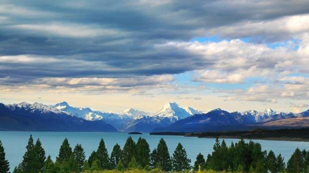 Mount Cook and Lake Pukaki.