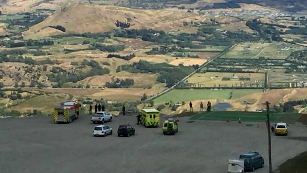 A paraponter crashed into power lines on Coronet Peak. Emergency services are at the skifield carpark.
