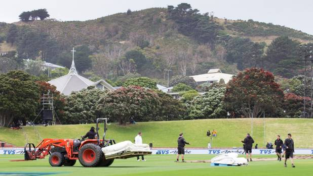 The tractor carrying the covers was a regular sight on the Basin Reserve on day one of the first test.