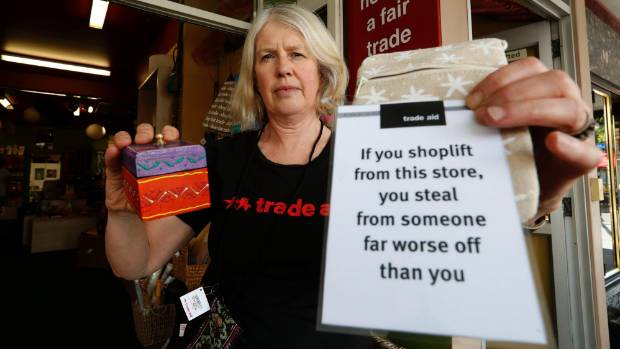 Margaret Court manager of Trade Aid Nelson with items similar to ones stolen by a shop lifter from the Hardy St store.
