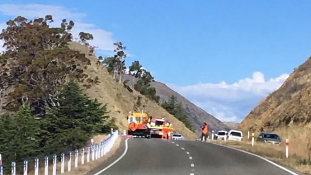 A man has died after collapsing near Lake Aviemore in North Otago.