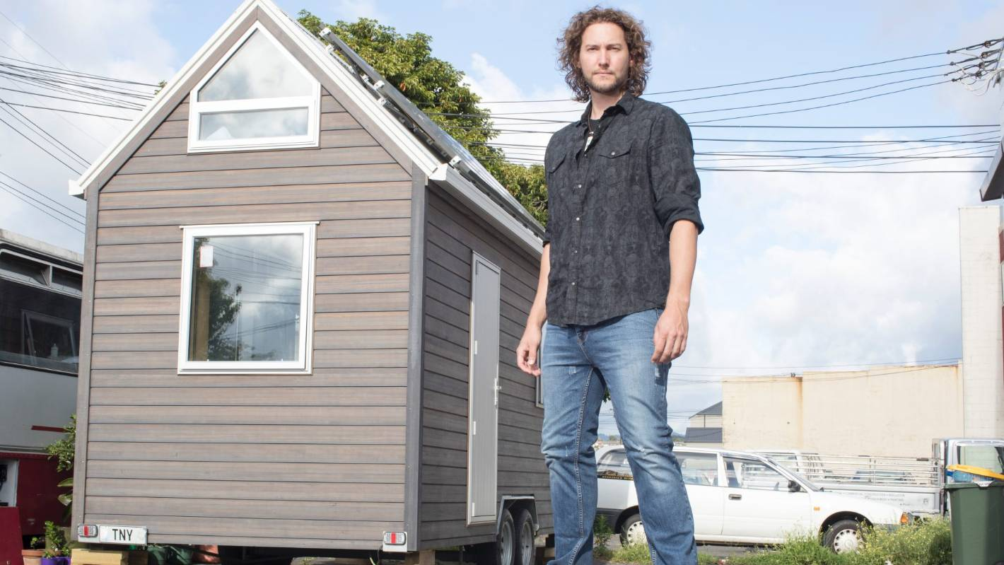 Why this super-tall TV star has built a tiny house | Stuff.co.nz