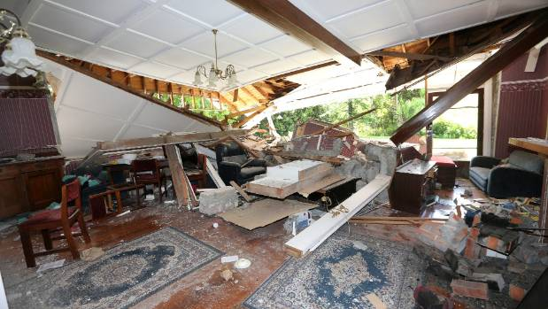 Quake hit farmers applaud cheap homes offered by for Cheap house stuff