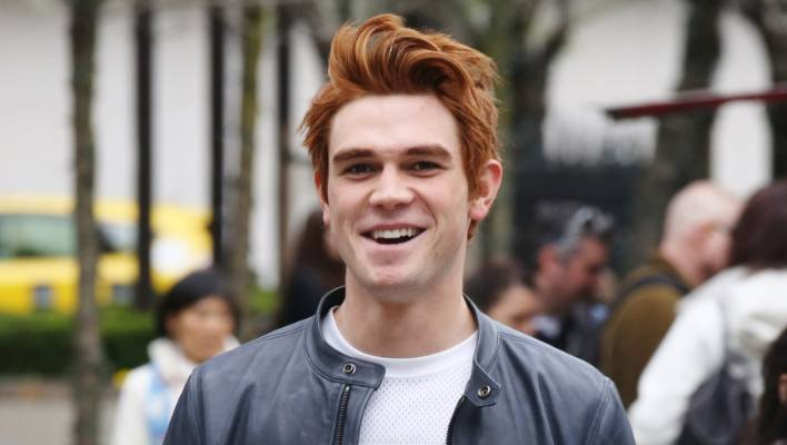 Riverdale Ex Shortland Streeter Kj Apa Admits To Hair Fear Over