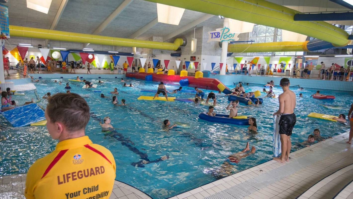 Chaos children screaming as power goes off at swimming - Plymouth life centre swimming pool timetable ...