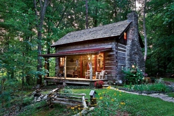 This is the 175-year-old Captain's Cabin near Louisville in Kentucky, renovated by Jan Paul and Tammy Donelson. The pair ...