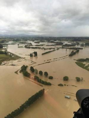Mike Thom from High Country Helicopters captured these images of the flooding in the Waikaia Valley.