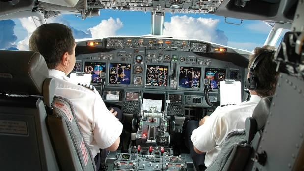 What Airline Pilots Fear The Most Pilot Reveals His Most - Airline captain takes amazing photos from his cockpit and no theyre not photoshopped