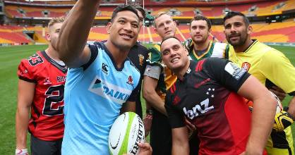 Israel Folau and Israel Dagg (R)among a group of players  promoting the Global Tens rugby tournament in Brisbane.