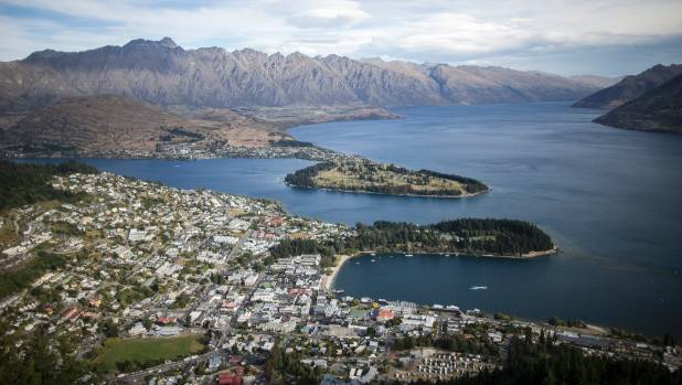 Looking towards Queenstown and Lake Wakitipu from the skyline gondola.