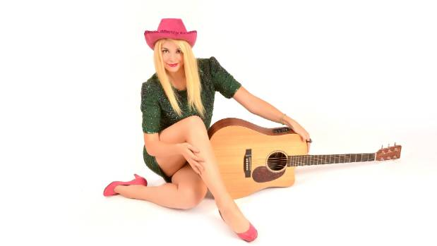 Canadian Cabaret comedy singer Shirley Gnome will perform in New Zealand for the first time at the New Zealand Fringe.