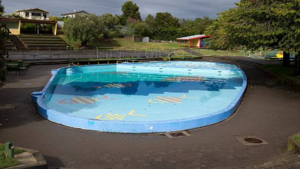 Palmerston north people say wilderness should stay for Palmerston north swimming pool