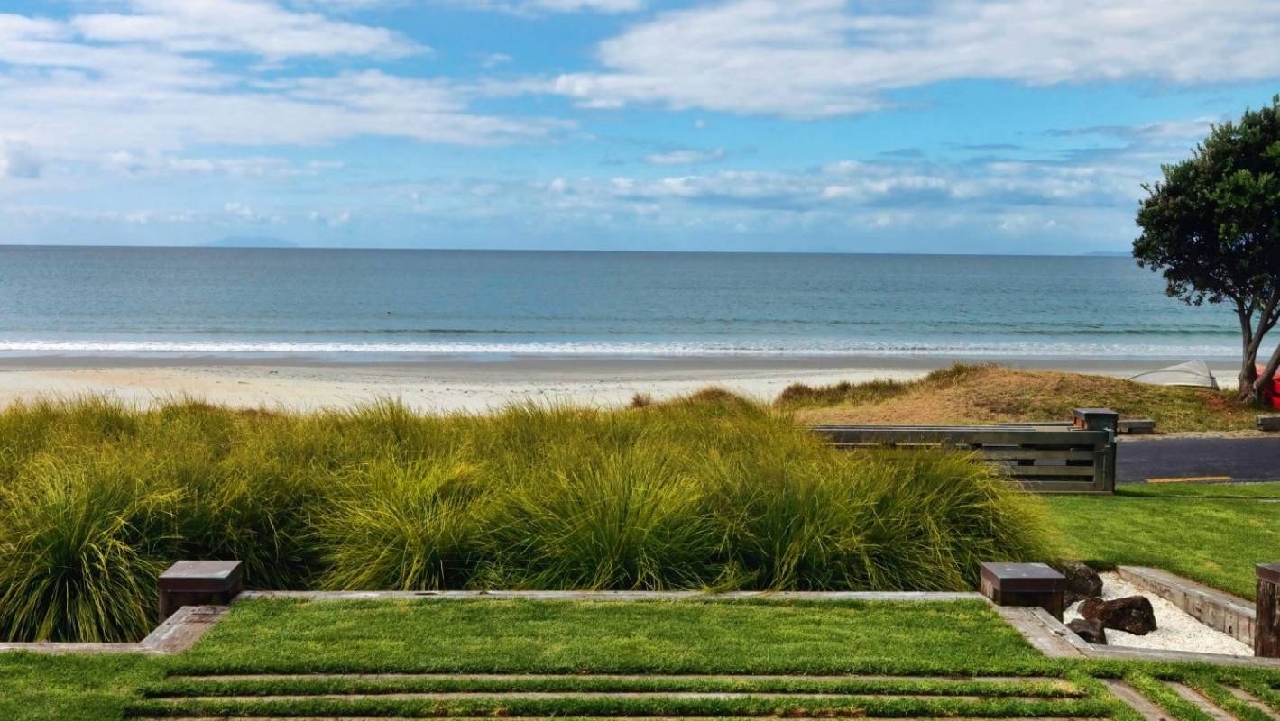 How to bring the beach to your backyard | Stuff.co.nz
