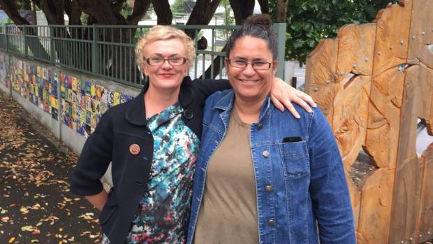Paekakariki Housing Trust spokeswoman Tina Pope with Kingi outside Paekakariki School.