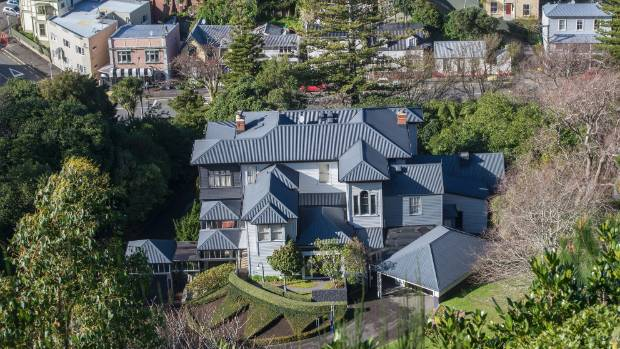Bill English legally can\'t live in Premier House | Stuff.co.nz