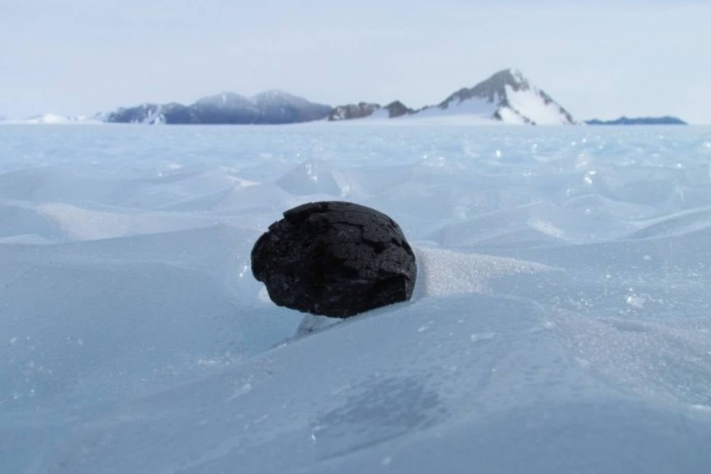 Antarctica provides 'conveyor belt' of meteorites - and clues about history of the solar system | Stuff.co.nz