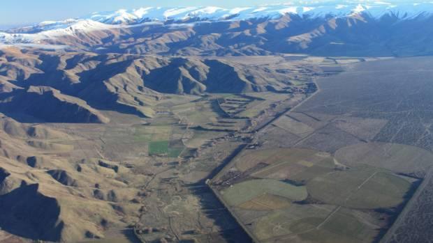 The Mackenzie Basin between Twizel and Omarama.