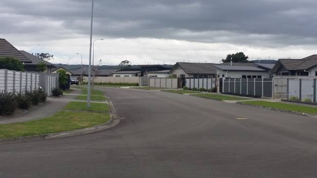Fencing restrictions proposed for Palmerston North have been rejected by commissioners.