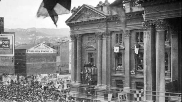 The Town Hall on Peace Day in July 1919, 15 years after it was built.