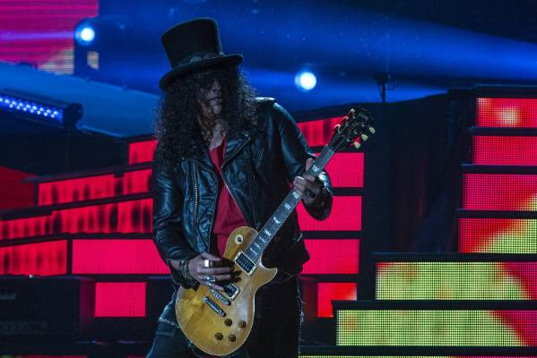 Slash and his trademark top hat.
