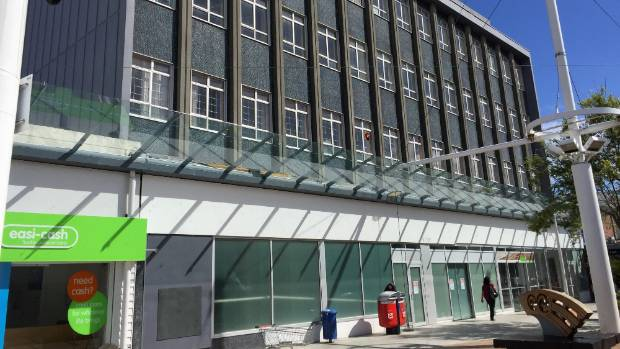 The former NZ Post building in Porirua is to be converted into the city's first inner-city residential apartments.