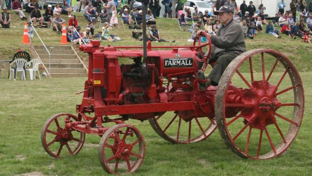 Farmall F12 Decals : Palmerston waihemo a p show changes with the times stuff
