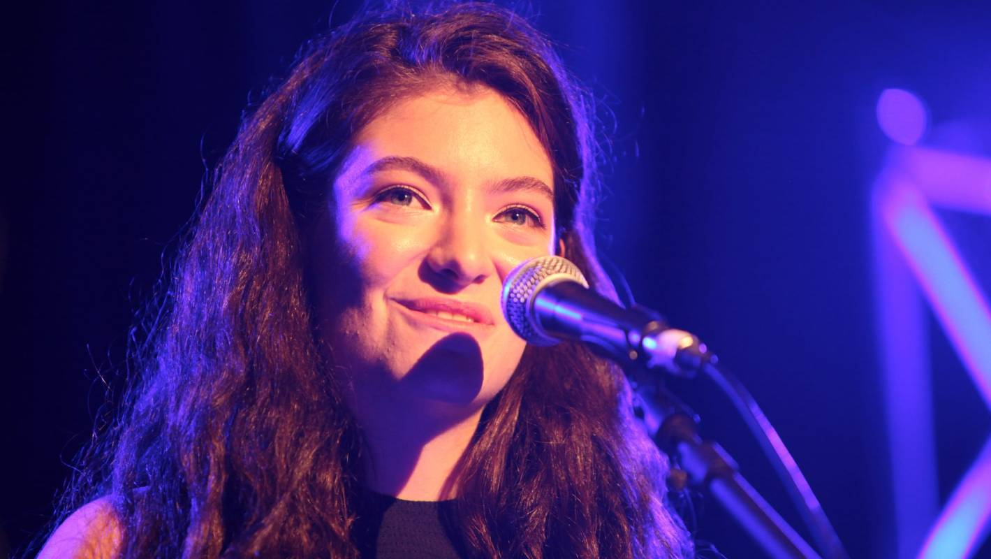 Lorde reportedly shows off new album to industry insiders ...