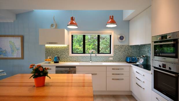 Kitchen renovations where to spend and where to save stuff the designer of this new kitchen sarah quinlan says it pays to check if its solutioingenieria Images