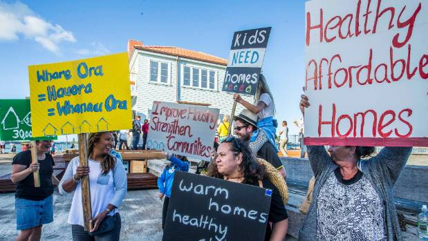 """Demonstrators"" used the Lighthouse unveiling to raise Auckland public housing concerns."
