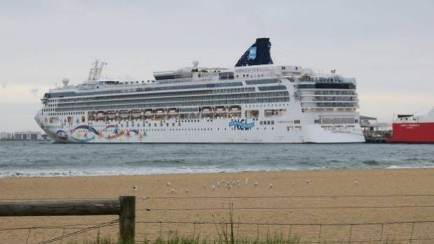 Stricken Norwegian Star Cruise Liner Set To Return To Sea On - Royale star cruise ship
