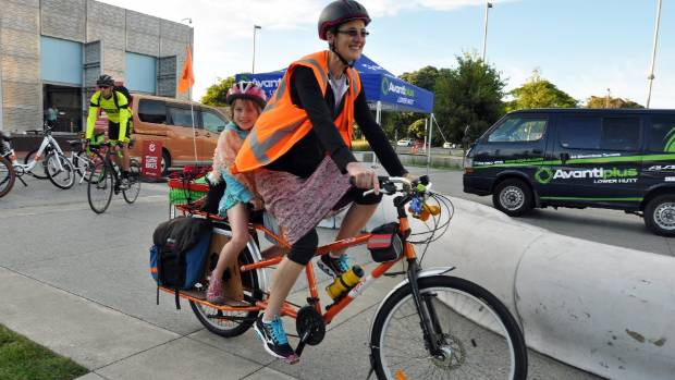 Jo Clendon and daughter Kiri,7, want more people to try cycling.
