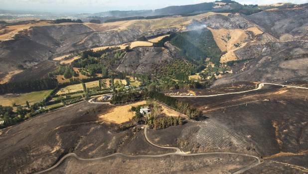 Different fuel types on the Port Hills made the fire hard to predict.
