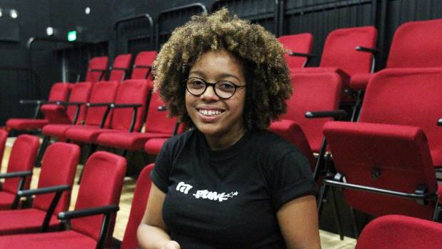 17-year-old Ella McIntosh is set to peform at Shakespeare's Globe Theatre in London.