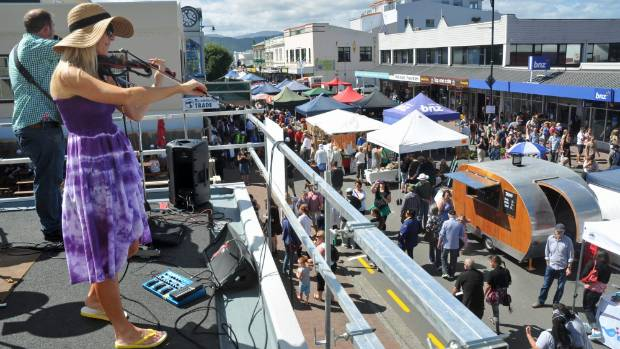 The Shenanigans perform to Petone Fair crowds.
