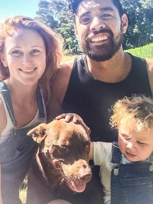 Former Shortland Street actor Amelia Reid-Meredith is enjoying the quiet life with husband Shadon Meredith and son Arlo, ...