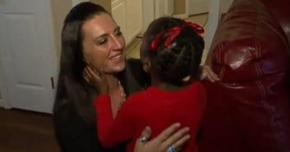 Amber Travaglio meets five-year-old Peyton Richardson.