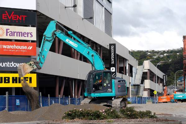 Event Cinema complex and 300-space car park, Queensgate Mall, Lower Hutt 1/12/2016.