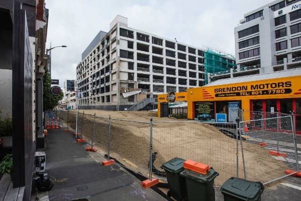 The demolition of the quake-damaged Reading Cinema carpark building, which began on January 4, is now its final stages. ...