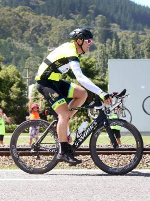 Craig Harper  passes through Blenheim on his attempt to cycle the length of NZ in record time.