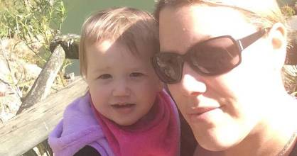 Kristen Rupapera says a universal benefit would mean she could do more with her daughter Jaymie.