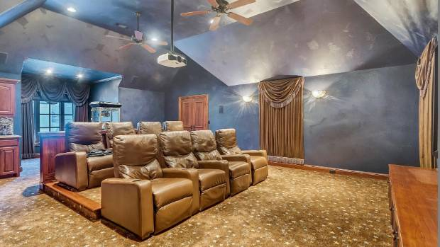 We wonder if Selena's girl squad has a movie night in this chic media room?