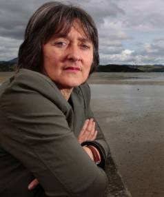 Green Party water spokesperson Catherine Delahunty said Nick Smith is merely rebranding dirty rivers as clean.