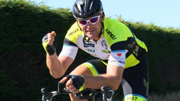 Craig Harper feels strong as he rides into Invercargill, with plenty of time on his hands to break the record.