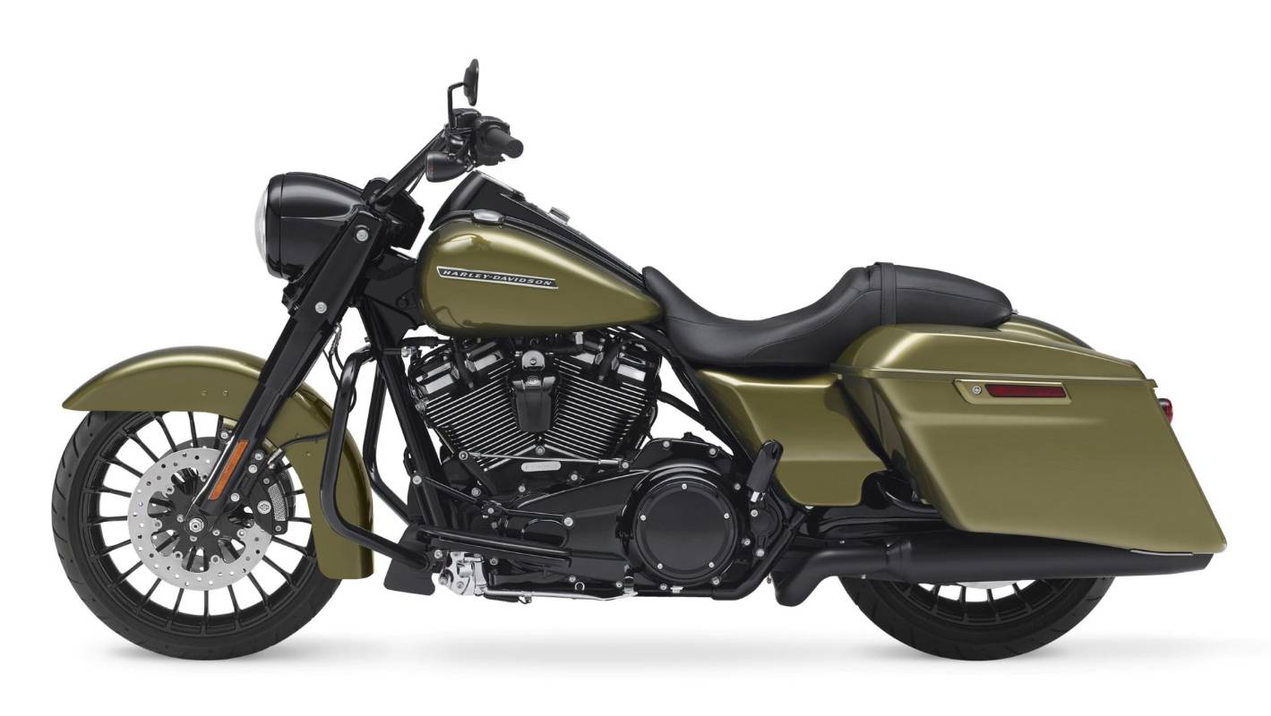 Harley-Davidson swaps out chrome for black in 2017 Road ...