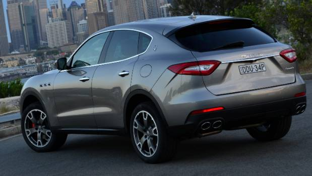 flawed maserati levante is still italy 39 s finest suv. Black Bedroom Furniture Sets. Home Design Ideas